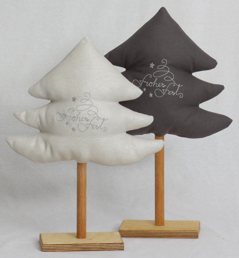 Bäumchen bestickt auf Holzständer Set
